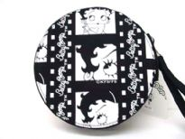 Betty Boop CD/DVD case with a detachable handle with zipper and made from fabric.