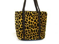 Giraffe Print Velvet Shoulder Bag