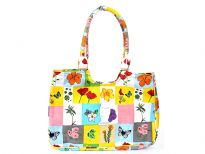 Multi flower and butterfly designed beach bag made with double shoulder straps and a zipper closure.  Made of 100% Cotton.