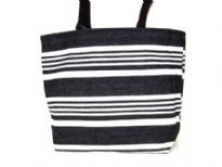 knitted canvas tote, Top zipper closure