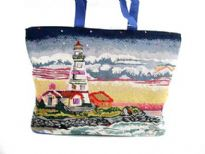 Lighthouse tote bag has a double handle.  Made of 100% Cotton. Top zipper closing.