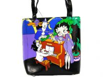Betty Boop Bucket Bag made with PU(Polyurethane). With zipper and double handle.