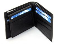 Genuine leather Bifold men wallet.