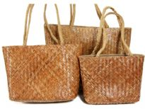 Straw and Jute 3 pieces set handbags made with double shoulder straps.