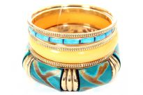 Six pieces bangle set