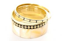 Four pieces bangle set