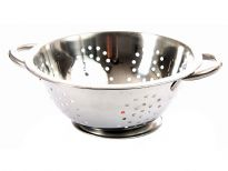 Stainless Steel 22cm Colander. Hand Buffed and Hand Polished. Made in India.