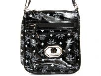 Betty Boop Licensed Cross Bag with zipper. Made with PU(polyurethane) with adjustable strap.