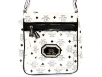 Betty Boop Licensed Messenger Bag with zipper. Made with PU (Polyurethane) with single adjustable strap.