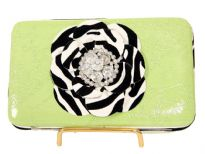 Flower snap button clutch wallet with back pocket