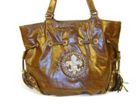 Fleur De Liz PVC Handbag which is very spacious and have double shoulder handle in contrast color. Logo in rhinestones & design on the front corners.
