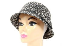 Ladies Hat. 30% wool 70% Polyester