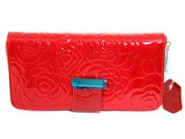 Genuine Leather(Exterior) Flower embossed ladies wallet.