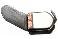 Genuine Leather Ladies wallet.