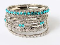 9 pieces set of bangles